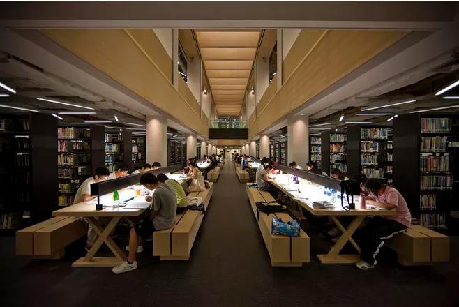 兼职图书馆书籍管理员一小时20元 史上最安静的兼职工作